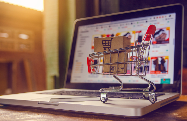 Czy warto sprzedawać na porównywarkach?